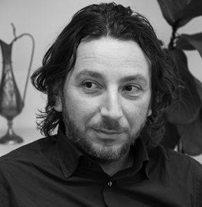 Sono il Dottor Luca Giulivi Psicologo Psicoterapeuta San Benedetto del Tronto e Bologna
